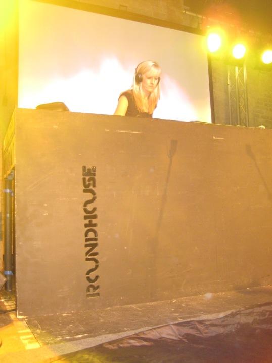 Last time I saw her DJ. Photo credit www.azizaazul.com