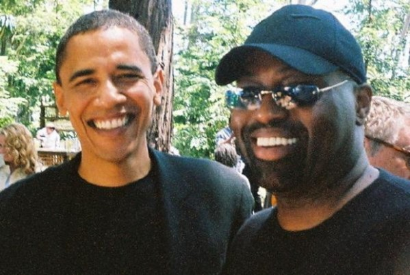Obama and Knuckles #BFF